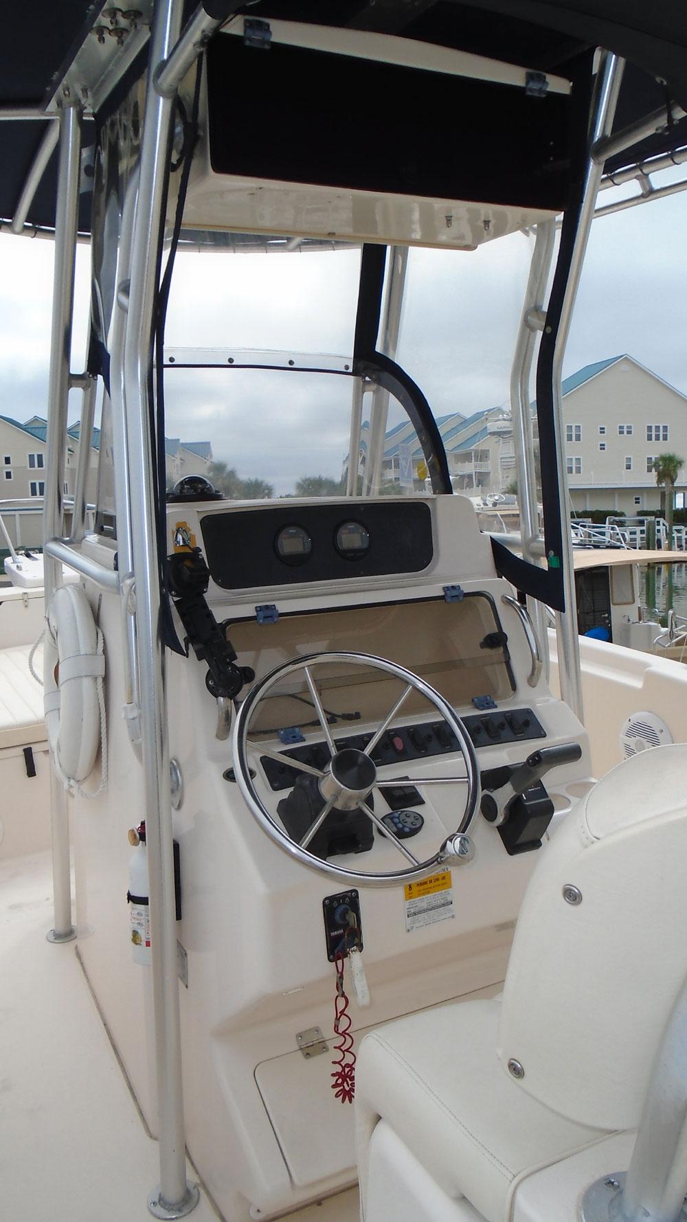 2000 Grady White 247 Advance Open Fisherman Yamaha