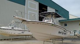 2000 Grady White 247 Advance Open Fisherman